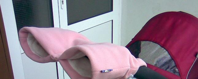 Drama v Letňanech: Žena tlačící kočárek náhle padla na zem