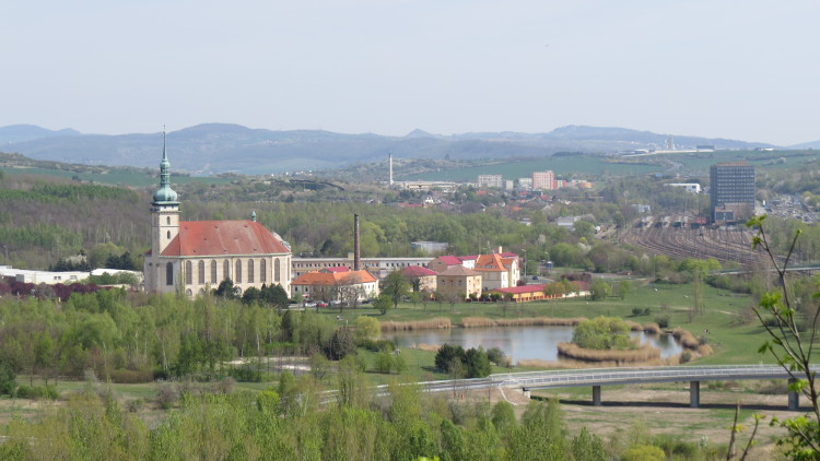 most-vyhled-kostel