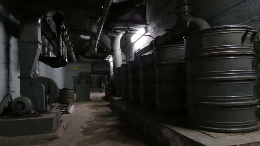 Protiatomový kryt Folimanka  Labyrint chodeb a zajímavé místnosti v podzemí 9d9e823557d