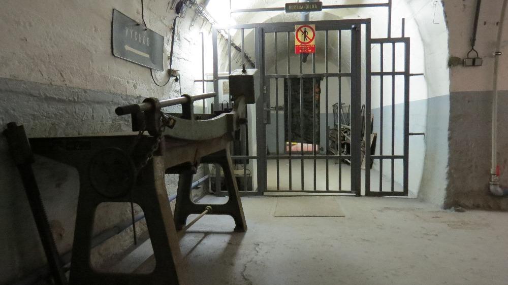 Protiatomový kryt Folimanka  Labyrint chodeb a zajímavé místnosti v podzemí  - Pražský patriot 1e0bf1bac73