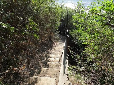 Na místě dávno zaniklé lanovky byla postavena vyhlídka na Prahu