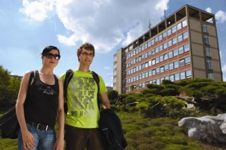seznamovací služba naples randí s japonskou ženou