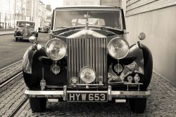 privezli-roll-royce-a-bentley-2-nahled