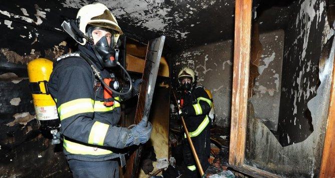 Požár rodinného domu v Praze 12 měl jednu zvířecí oběť