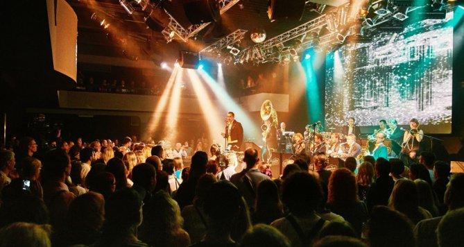 Swingový big band vyprodal Lucernu
