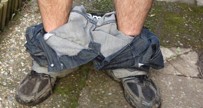 Opilý muž se staženými kalhoty ohrožoval nejen sebe, ale i ostatní