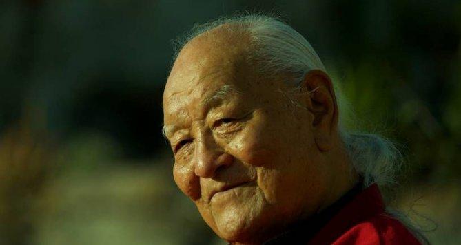 Do Prahy přijede tibetský mistr Čhögjal Namkhai Norbu